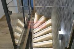 Balustrada-stal-nierdzewna-szklo-szklana-szchody-6